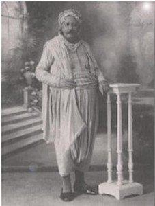 Mohamed Bencheneb(1869-1929). Professeur, conférencier, polyglotte, poète et théologien  Mohamed Bencheneb raconté par son fils dans Hamid Tahri Mohamed-Bencheneb-227x300