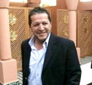 Rachid Farès et l'envers du miroir   Par Kader Bakou  dans Kader Bakou Rachid-Farès-300x277