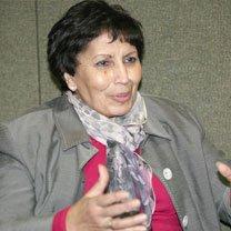 Rencontre avec l'écrivaine Zoubeida Mameria au Palais de la culture : Un cri d'alarme pour la jeunesse dans Zoubeïda Mameria actualite220107
